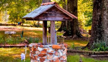 Как построить колодец на даче своими руками